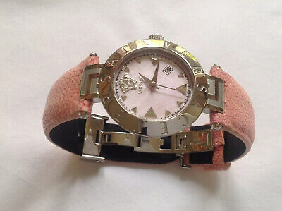 Ladies Versace Watch In Excellent Condition.