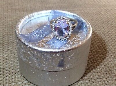 Beautiful 9ct Gold Amethyst and Diamond Ring .