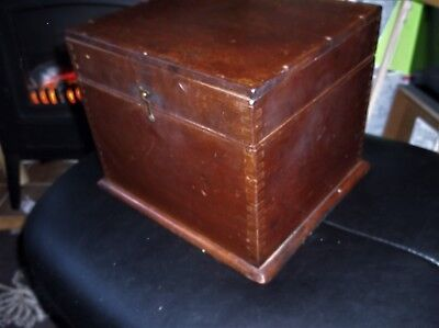 ANTIQUE WOODEN WORK BOX HINGED LID RICH DEEP COLOUR AND GRAIN 9