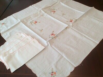 Pretty x stitch embroidered Tablecloth  & napkins  (D6)