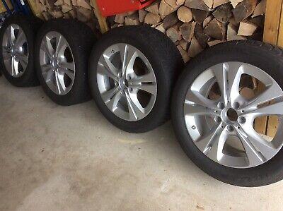 Mercedes Benz - Winterkompletträder - Alu Felgen - C Klasse - top Zustand