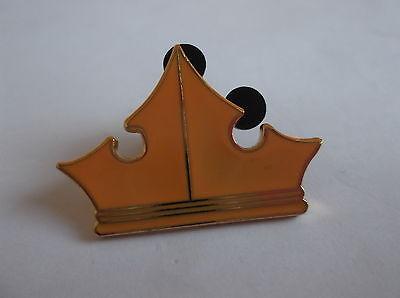 Disney's Aurora Crown  Pin  Badge