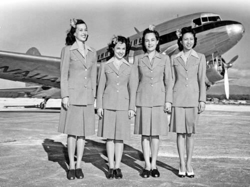 "Hawaiian Airlines Douglas DC-3 ((8.5""x11"")) Print"