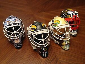 2002 Upper Deck Mini Goalie Masks