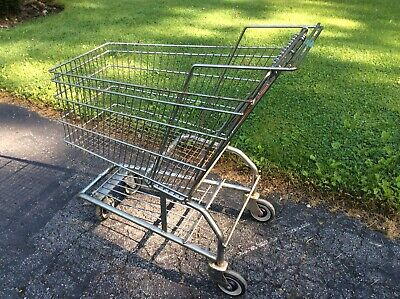 Vtg United Steel Wire Full Size Metal Grocery Cart On Wheels - Very Good