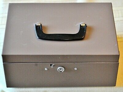 Hunt Lit-ning Gray Metal Cash Box Swing Handle With Key