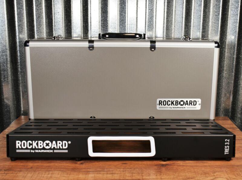 Warwick Rockboard Tres 3.2 C Guitar Effect Pedalboard & Flight Case
