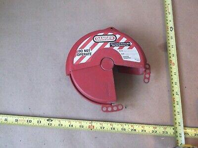 Master Lock Model 482 Rotating Gate Valve Lockout Fits 4-6.5 Handles