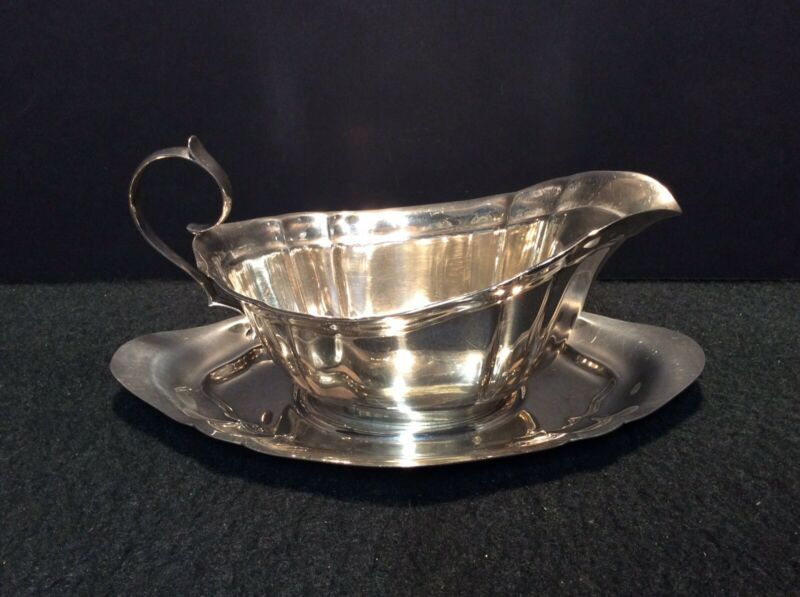 Reed & Barton Sterling Silver Dublin Pattern Gravy Sauce Boat and Underplate