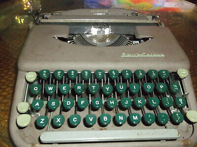 1950s Vintage Smith Corona Manual Typewriter Skywriterserviced And Tested With