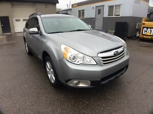 2010 Subaru Outback / 3.6R / LIMITED / MULTIMEDIA PKG /  AWD / A