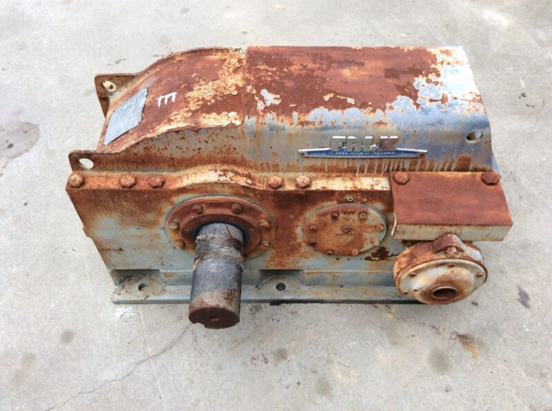FALK ENCLOSED GEAR DRIVE MODEL 2080Y2-B RATIO 26.11:1 In 1750 Out 67 USED