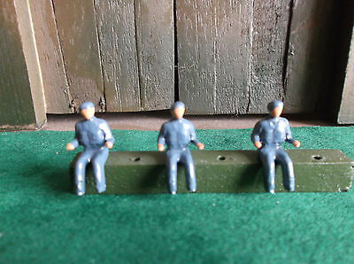600 Series Air (Dinky Toys. Reproduction 600 series Royal Air-force Drivers.)