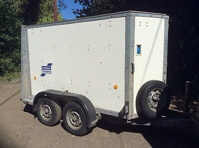 Ifor Williams BV84 box trailer Twin axle Walk-in