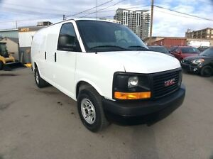 2016 GMC Savana / CARGO / 2500 / 4.8 / 135 WB / LOW KMS