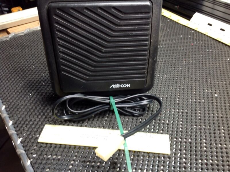 """Macon Ericsson 4"""" Speaker With 5 Ft. Cord Plug And Bracket 19A149590P11"""