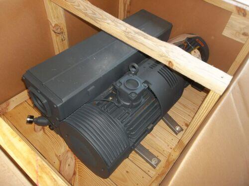 Busch RA0305.D5Z6.11XX, 10 HP rotary vane vacuum pump. Immediate shipment.