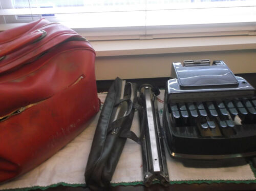 Stenograph Reporter Model Shorthand Dictation Stenographic Machine W/ Tripod