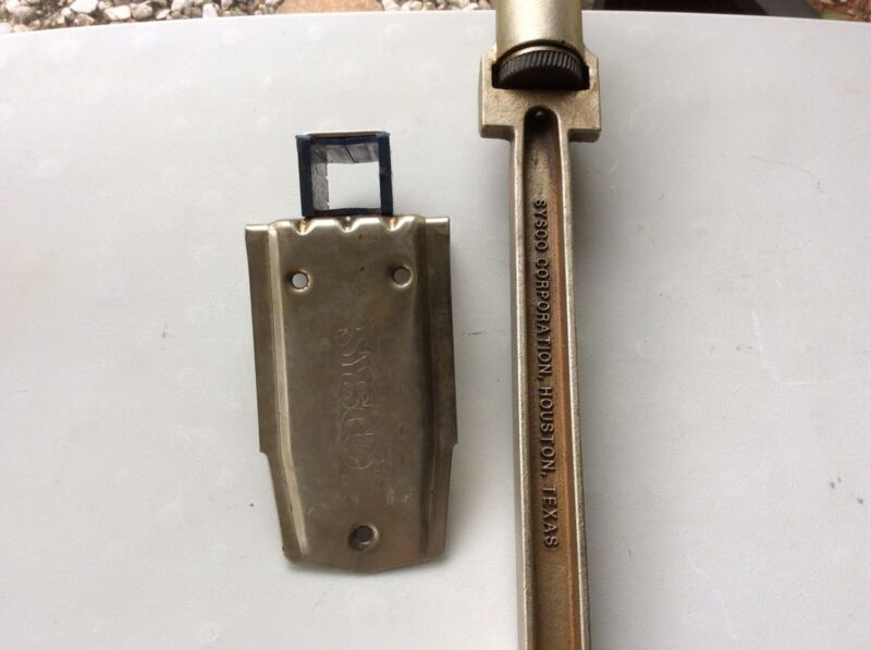 SYSCO Manual Table Can Opener W/ Steel Base No.1