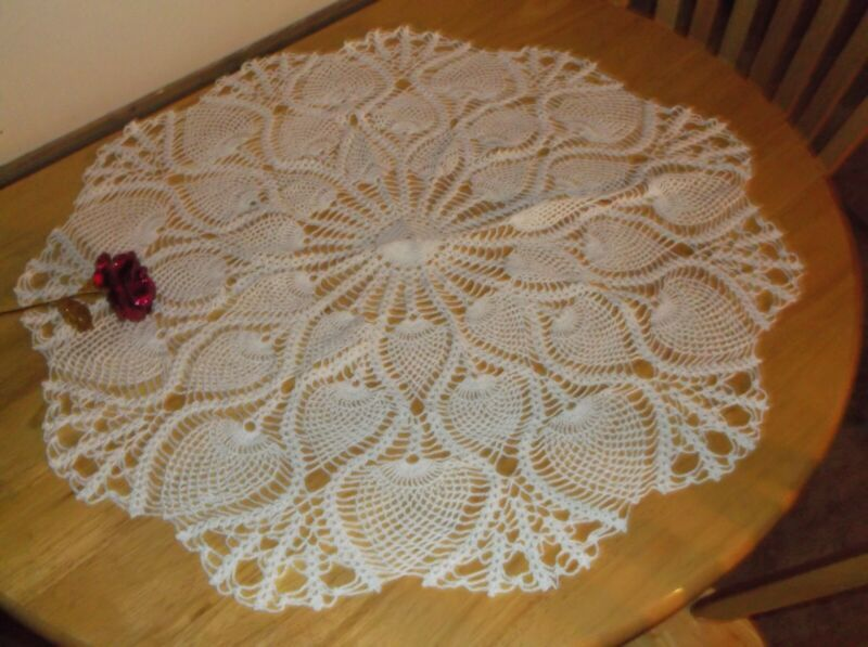 """New Hand Crochet Round Centerpiece tablecloth White 30"""" doily"""