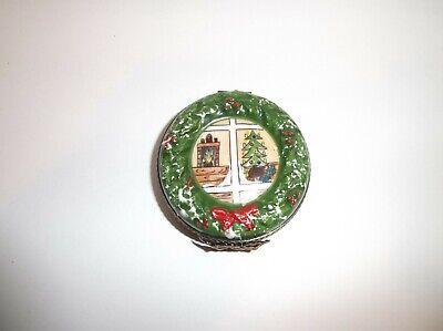 Peint Main Limoges Trinket-Christmas Wreath    Maine Christmas Wreath