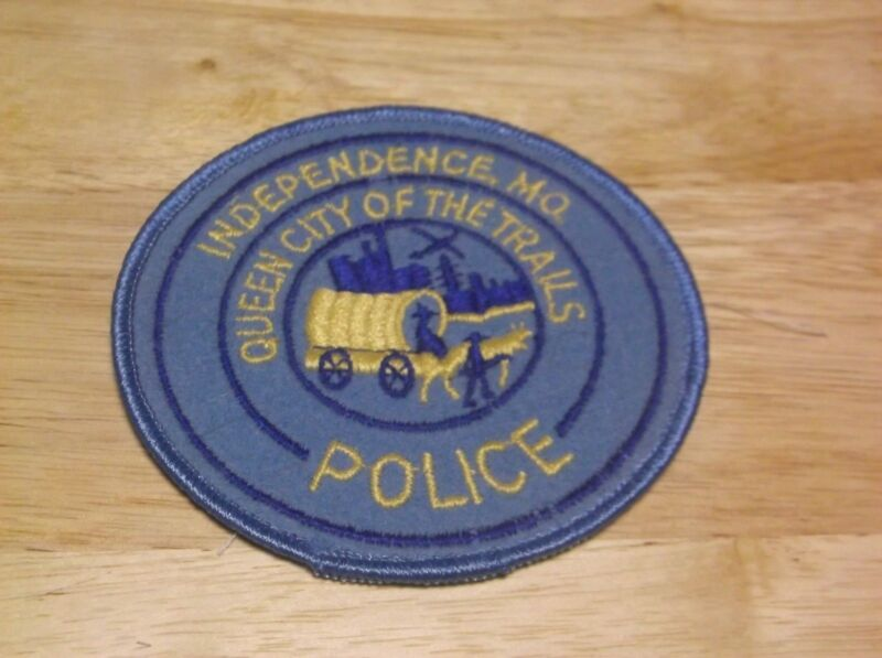 CR2) Independence Missouri Police Patch