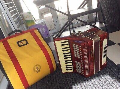 32 bass piano accordion
