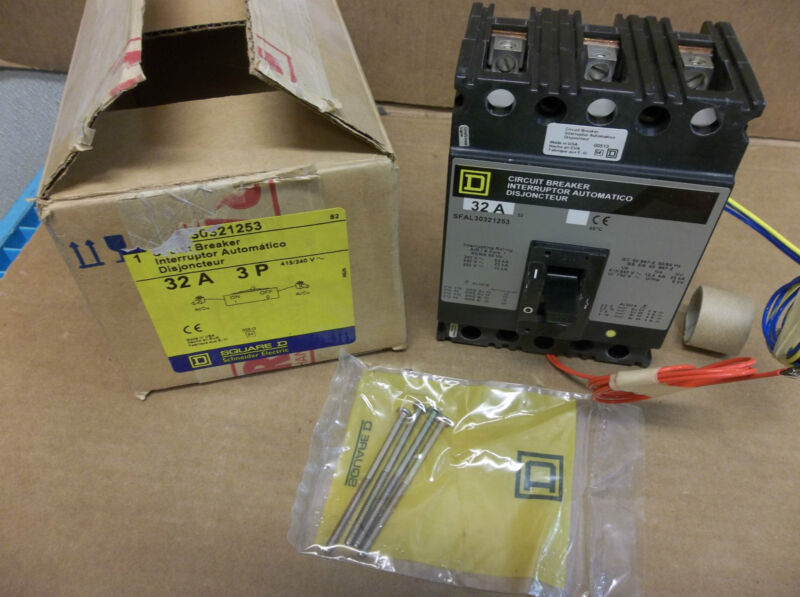 New Square D Circuit Breaker Sfal30321253 421/240v 32a A Amp 3 Pole