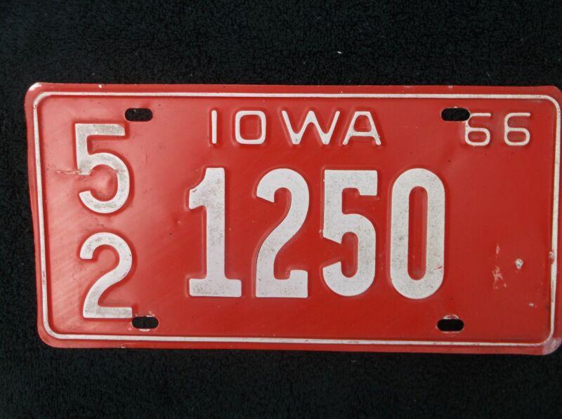 1966 Iowa License Plate