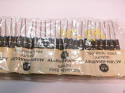 Nos Allen Bradley Carbon Comp Resistors 680 Ohm 2 Watt 10 Nip 25pcs Hb6811