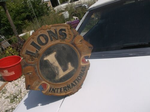 "Lions International 18"" Diameter vintage 2 faced sign with stand"