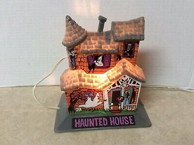 Vtg Belco Halloween Haunted House 1980's Blow -Molded Light Up