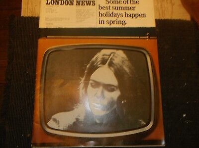 Vintage Magazine THE ILLUS.LONDON NEWS Jan4,1969/Statues-The MOON-Guyans Polls
