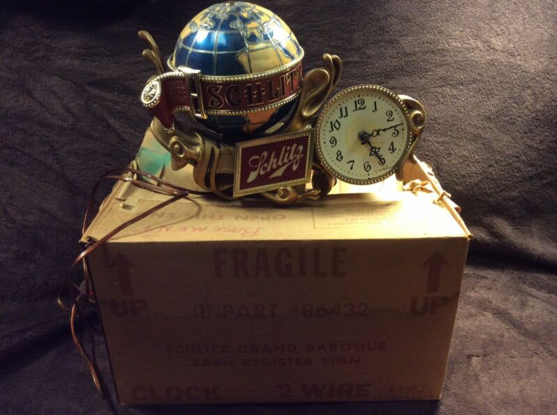 1976 Schlitz Beer World Globe Motion Spinning Water Light Up Clock Beer Sign