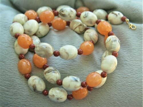 Monet Swirled Marble Cream Peach Dark Coral Red Colors Bead Necklace