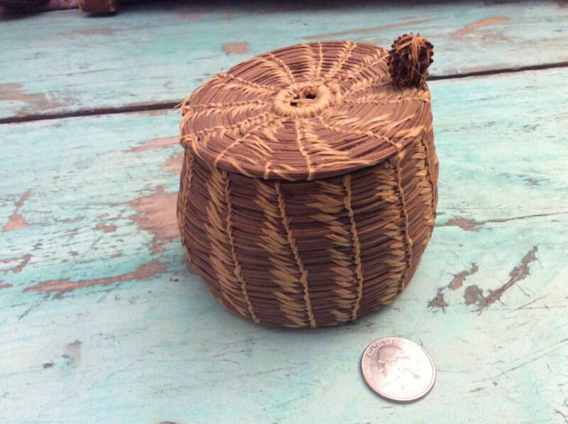 "Vintage Native American Pine Needle 3"" Coil Basket Southeast Coushatta Seminole?"