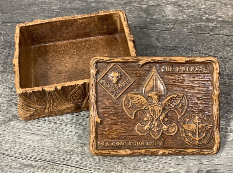 Vintage BSA Cub Explorer Scouts Boy Scouts 1950s Resin Syroco Trinket Box