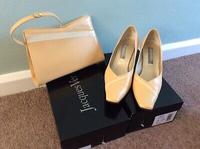 Jacques Vert Matching Court Shoes 6.5/40 & Bag - Buttermilk Colour With Cream