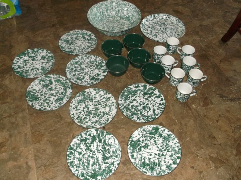GOLDEN RABBIT LOT 23 PC GREEN WHITE  METAL  ENAMELWARE