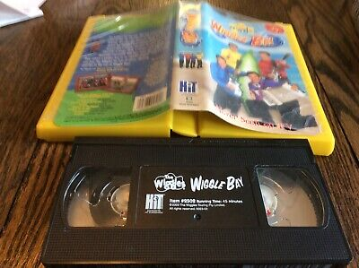 Wiggles, The: Wiggle Bay VHS 2003 USED FUN FAMILY KIDS FREE US SHIP TAPE (Wiggle Bay)