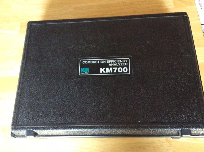 Kane-May KM700 Combustion Efficiency Analyzer