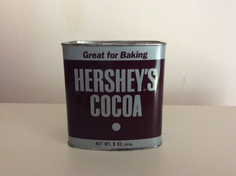 Vintage Hershey's Cocoa Tin With Cocoa 8 Oz. Unopened