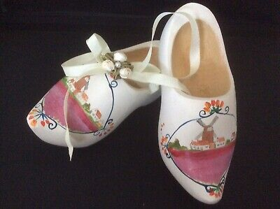 - Vtg. Style Wooden Shoes Wood Clogs Hand Painted Dutch Watermill & Flag, Holland