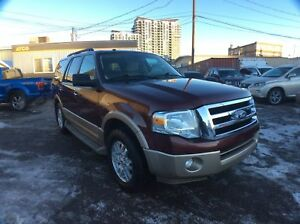 2011 Ford Expedition XLT/ LEATHER / SUN ROOF / 4X4 / 7PASS