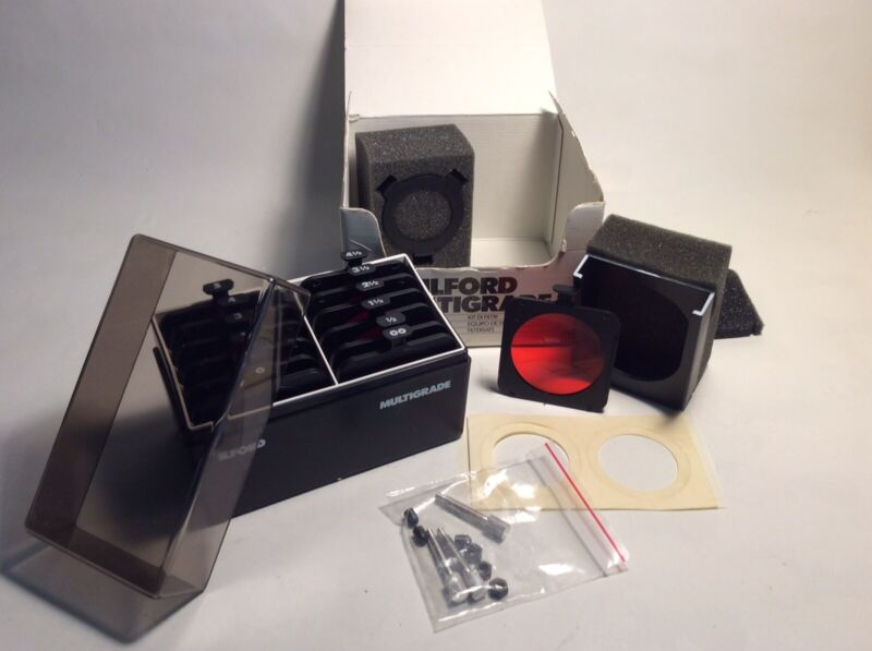 ILFORD Multigrade Below the Lens Filter Kit 12 Filters, Complete