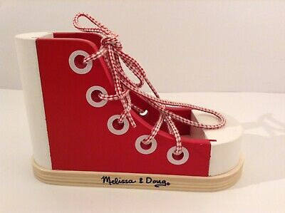 MELISSA & DOUG WOODEN LACING SHOE LEARN HOW TO TIE AND LACE