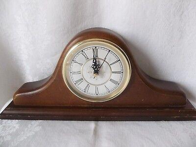 Vintage Sunbeam Quartz Wood Mantle Shelf Table Clock Model 882-621