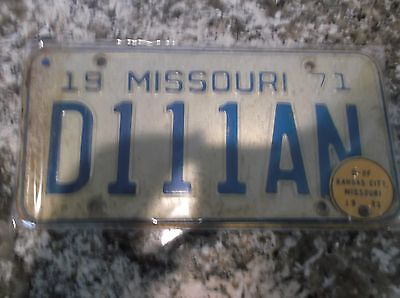 1971 MISSOURI DEALER LICENSE PLATE D 111 AN WITH TAB*******