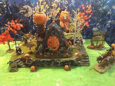 Halloween Display Platform Base for Dept 56 Snow Village Lemax Spooky Town](Spooky Village Halloween)