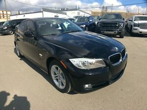 2011 BMW 3 Series 328i xDrive AWD Classic Edition/ H. LEATHER/ R